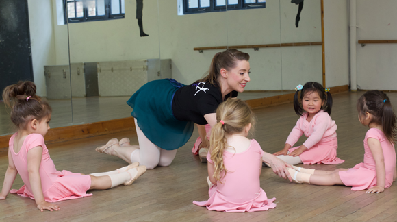 ballet classes for children at Streatham Library